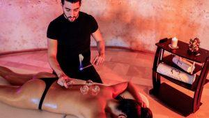 Il massaggio Cupping
