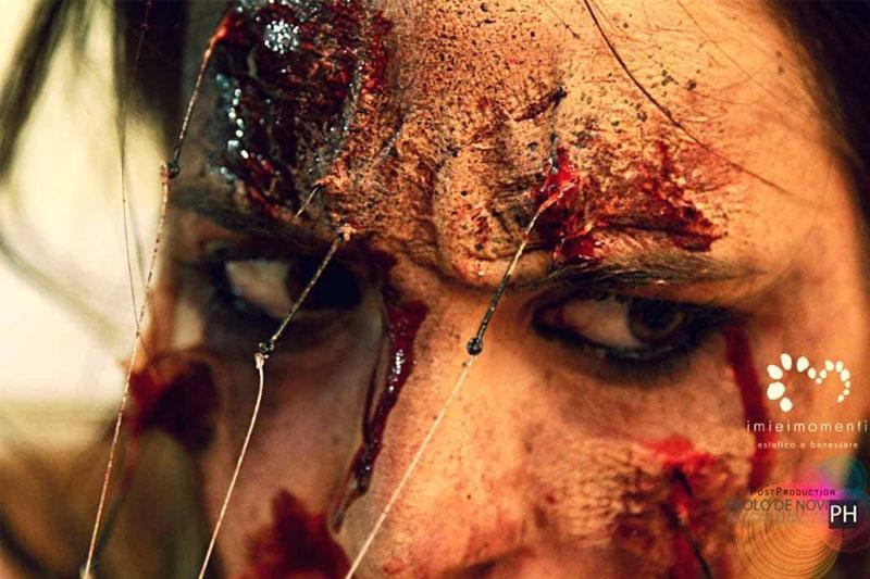 Trucco sangue per occhi
