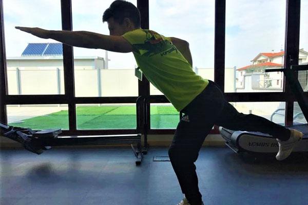 Esercizio in stile superman